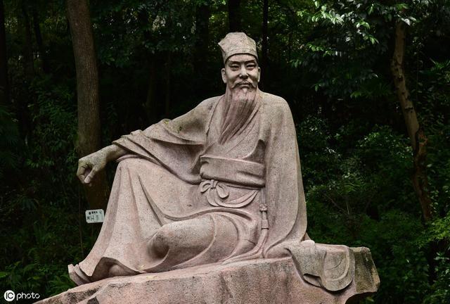 """苏轼的""""竹杖芒鞋轻胜马,……""""透漏出了他当时怎样的心境?.."""